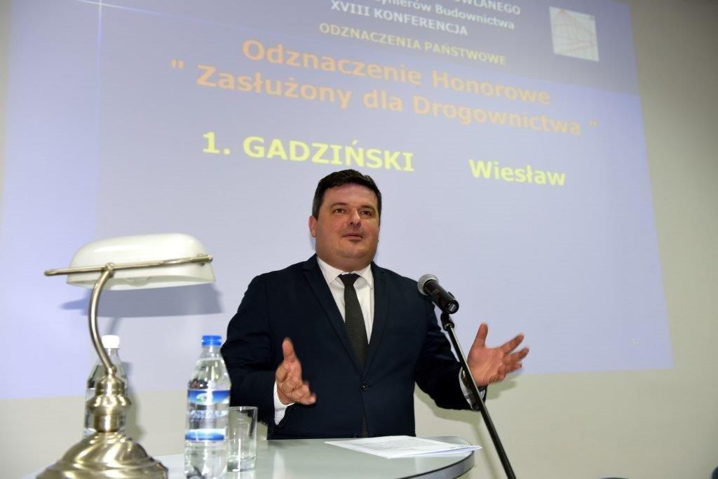 Piotr Hanuszkiewicz Related Keywords & Suggestions - Piotr ...